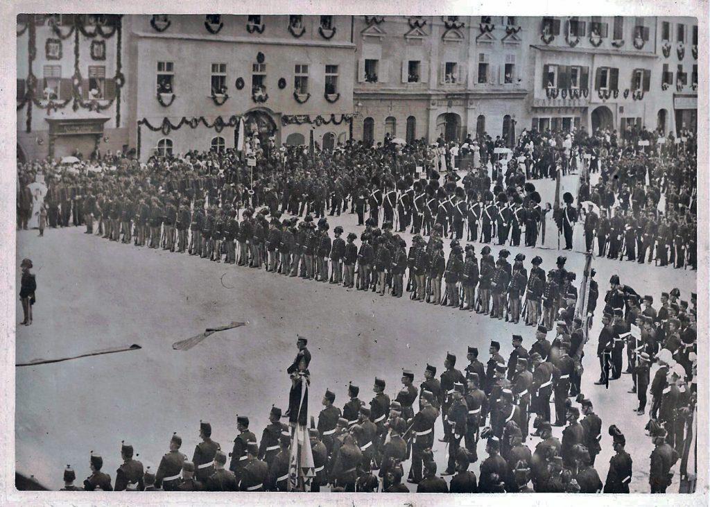 Freistadt Hauptplatz Bürgerkorps 1910
